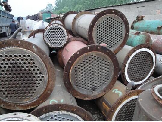 冷凝器管板焊缝渗漏修复方法与过程