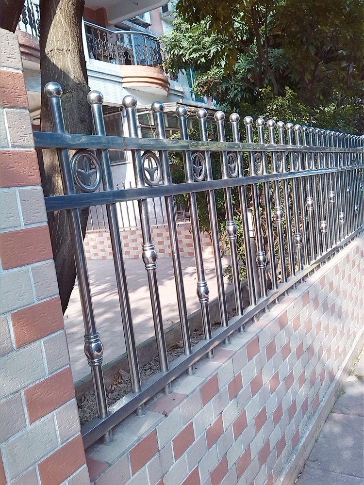 供应不锈钢围栏,装修工程公司专用圆球